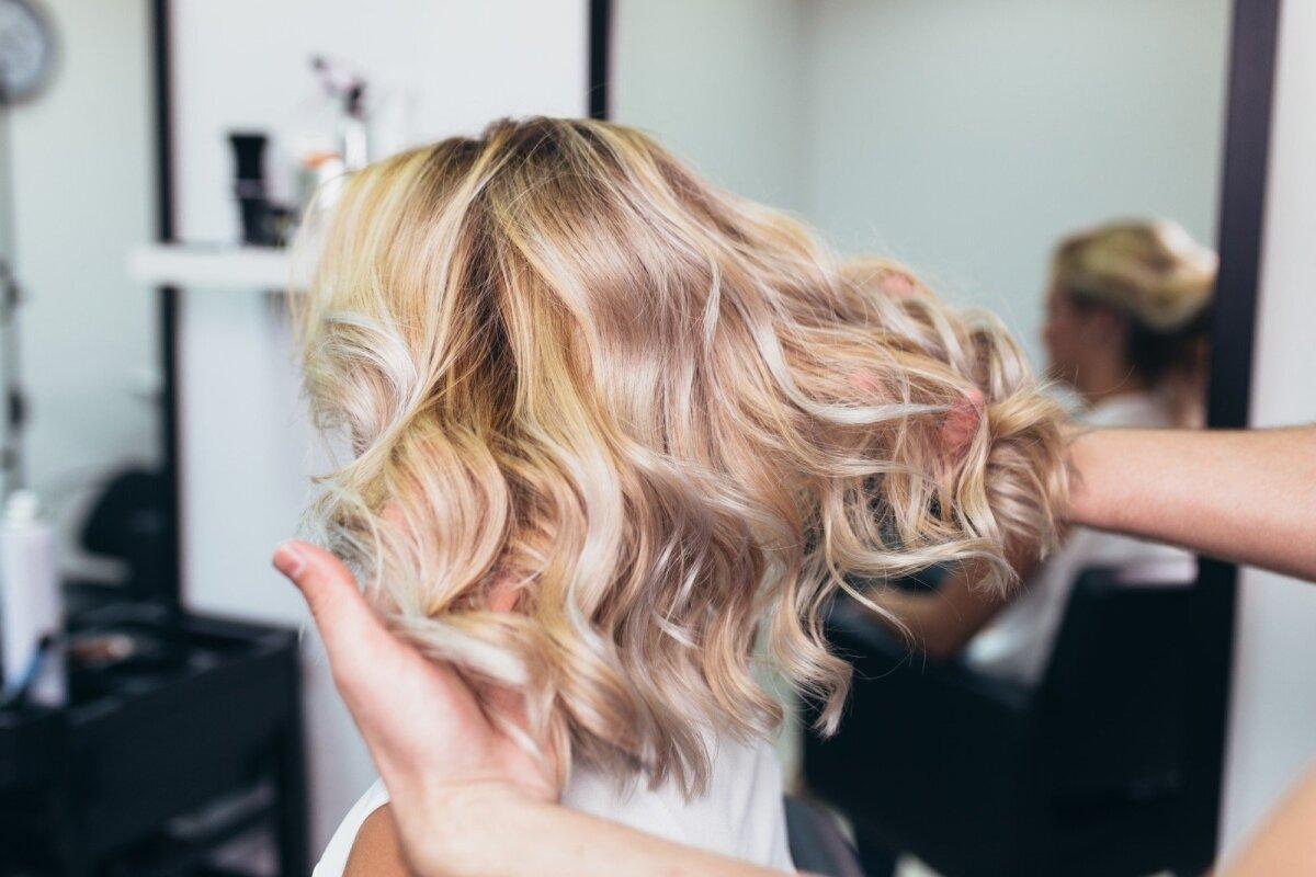 nariai dydziai vidurio plauku plaukai