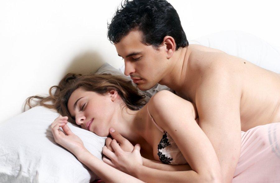 erekcija gulint erekcijos problemų jauniems vaikinams