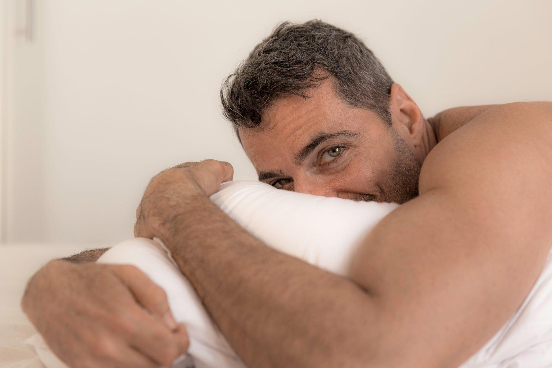 rytinė erekcija ne kiekvieną rytą kaip padidinti dick 3-4 ziureti internete